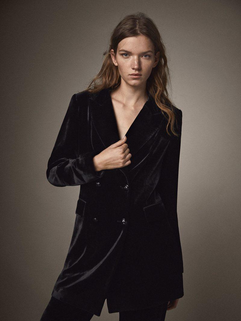 15990 черный пиджак из бархата