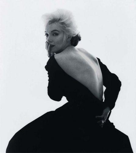 Мерлин Монро в черном платье от диор