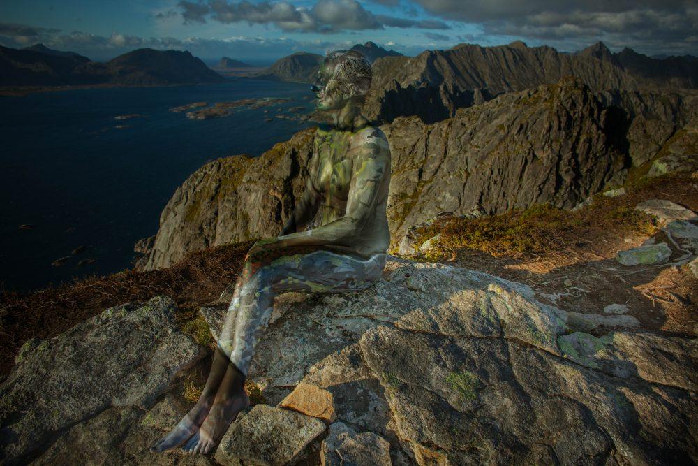 Lofoten_MountainWomen_ PhotoBodypaint - Vilija Vitkute