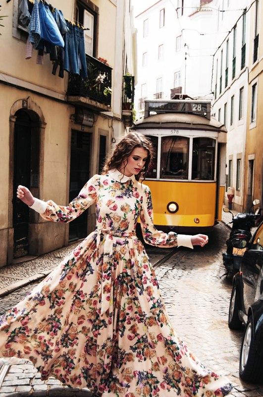 "ELEGANT Spain June 2016 ""Alfama. Lisbon. Aura"" Photographer: Andrey Rossalev Model: Carmen @DXL Models Lisbon Fashion designer: Olga Kaurtseva Muah: Irina Bukina Location: Lisbon, Portugal"