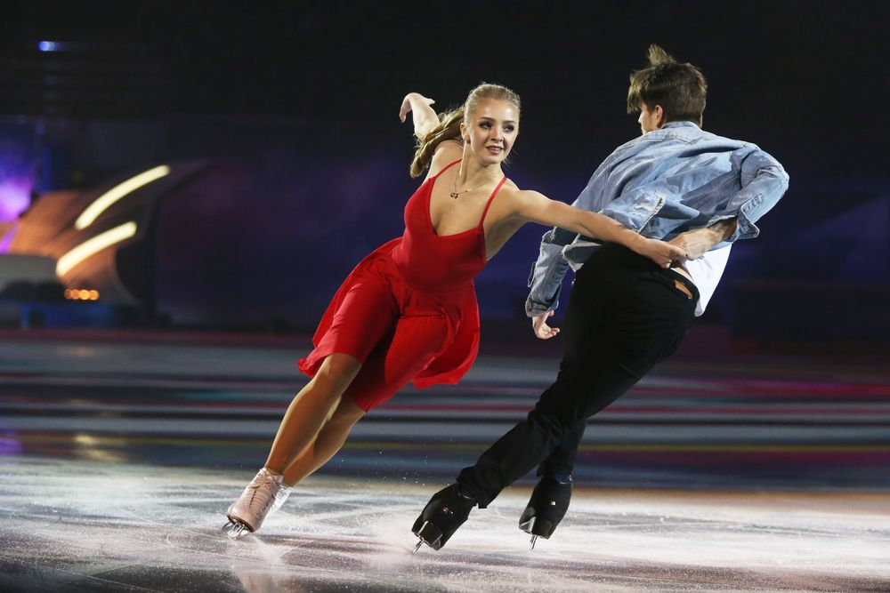 Ilya Averbukh's show featuring Russia's Olympic figure skating champions