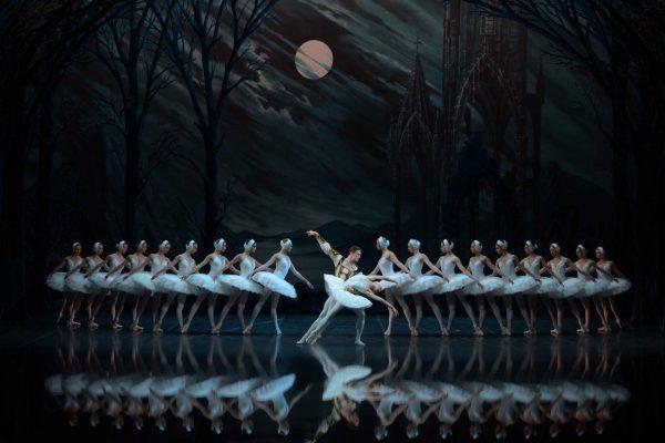 Balet---Lebedinoe-ozero--