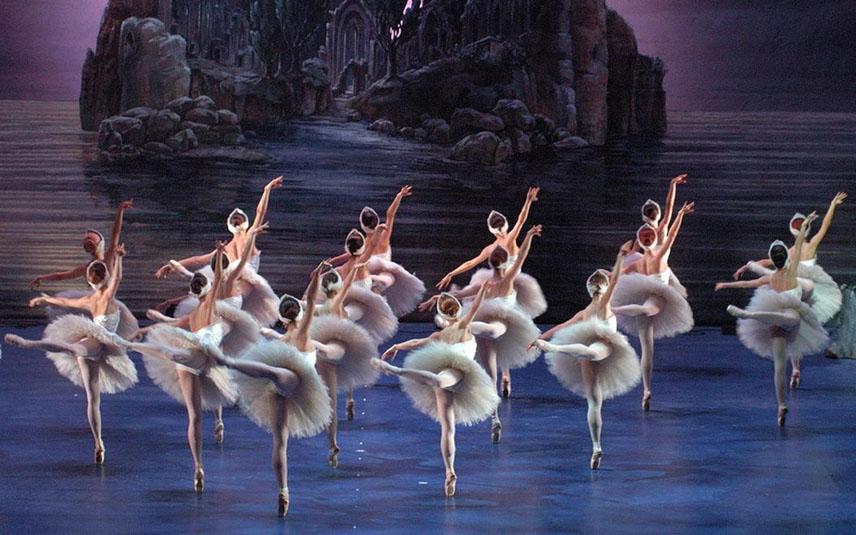 Московский театр лебединое озеро И