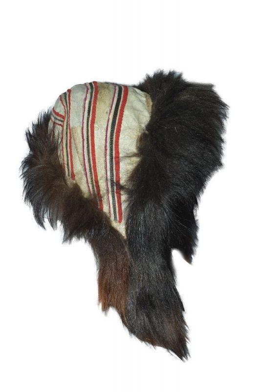 Капор женский (зимний) – «sama» Мех оленя, ровдуга Таймырский краеведческий музей