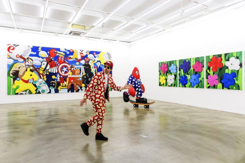 Philip Portrait-Gallery Simon installation view-2019-egg suit